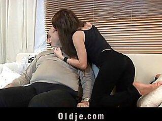 jav  brunette  ,  cute babe  ,  dick   porn movies
