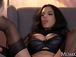 jav  latina  ,  mature  ,  MILF   porn movies